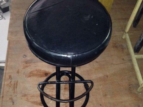 thanh lý ghế bar tròn màu đen - thanh lý ghế bar tròn màu đen