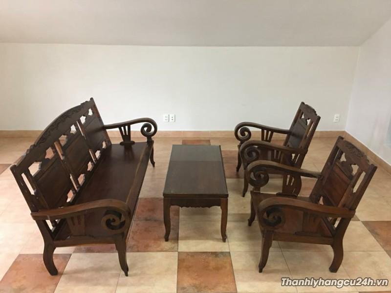 Kết quả hình ảnh cho Thu mua bàn ghế gỗ cũ