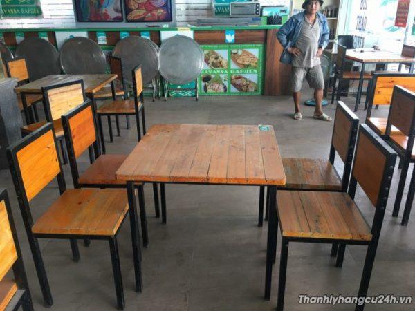 Bàn ghế gỗ thông thanh lý - Bàn ghế gỗ thông thanh lý