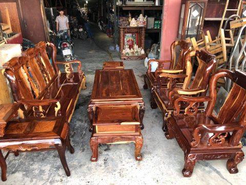 Mua bàn ghế gỗ cũ