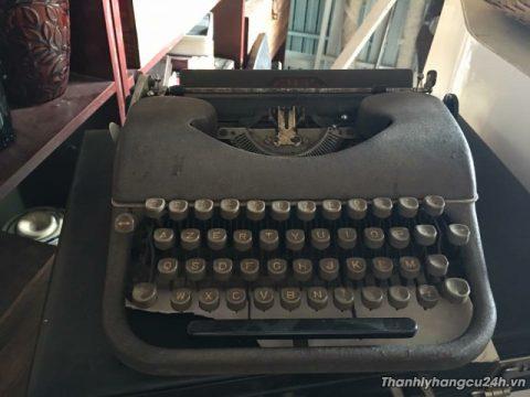 Thanh lý máy đánh chữ - Thanh lý máy đánh chữ