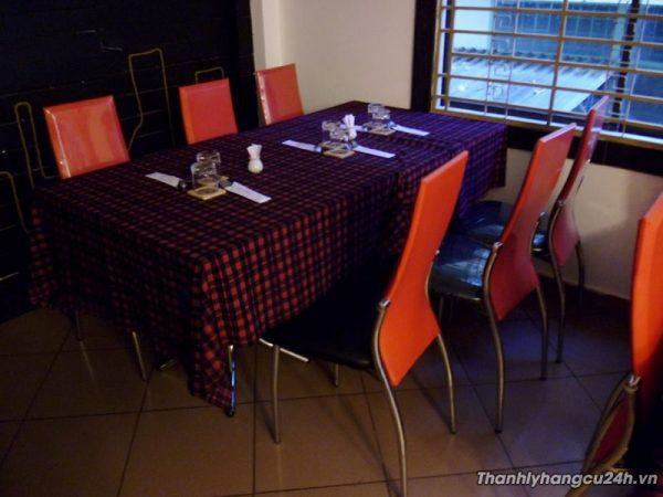 Thanh lý bàn ghế nhà hàng đỏ
