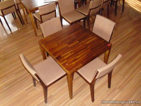 Thanh lý bàn ghế gỗ vuông nhà hàng - Thanh lý bàn ghế gỗ vuông nhà hàng