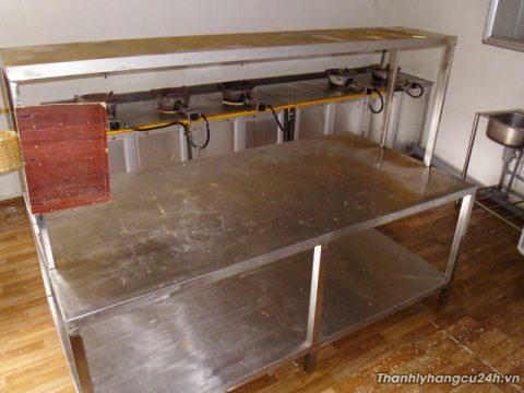 Thanh lý bàn inox lớn nhà hàng - Thanh lý bàn inox lớn nhà hàng