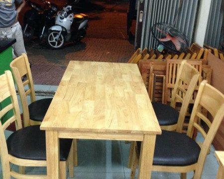 Thanh lý bộ bàn ăn mới 0483