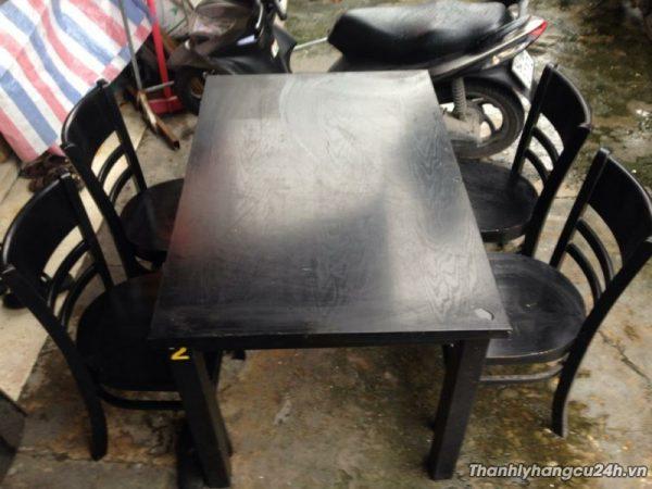 Thanh lý bộ bàn ghế nhà hàng 0497