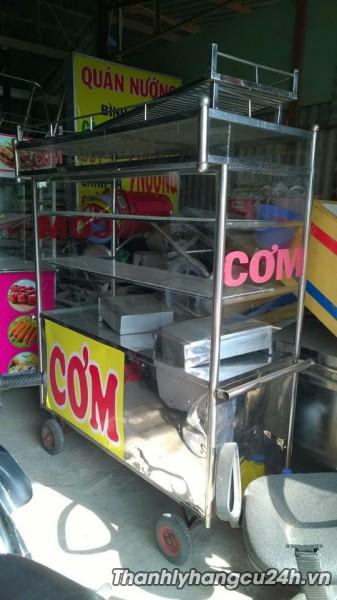 xe đẩy bán đồ ăn