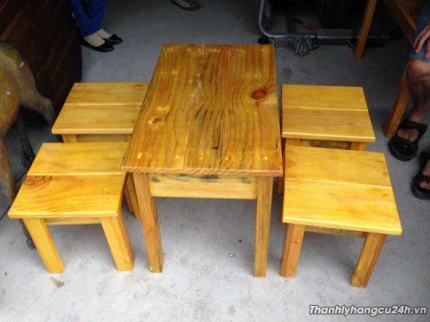 Bàn ghế đôn gỗ thông
