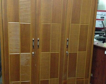 Mua bán tủ quần áo gỗ cũ