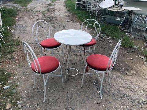 Mua bàn ghế cafe cũ