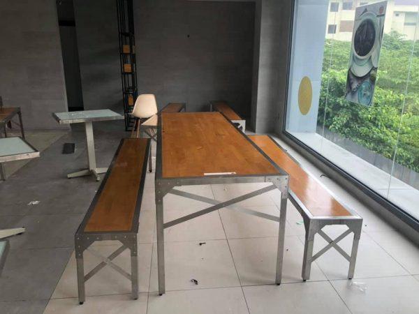 bộ bàn ghế băng