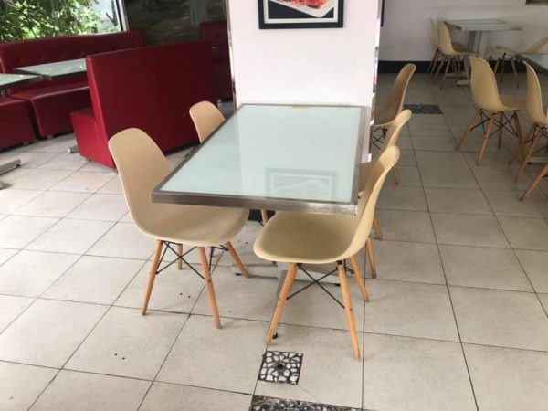 bàn ghế quán ăn thanh lý