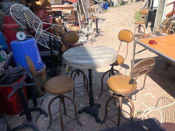 thanh lý bàn ghế quán bar sắt