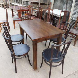 bàn ghế nhà hàng tại TPHCM