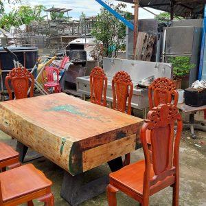 thanh lý bàn ăn 8 ghế tại TPHCM